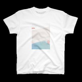 tenpraの雨の日のプール T-shirts