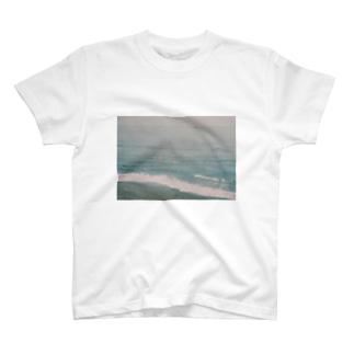 とおい国の海 T-shirts
