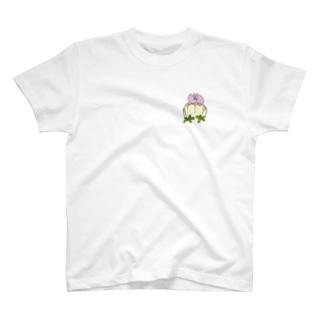 ぜっぺきにいる!やさしいトリケラトプスさん T-shirts