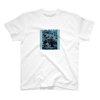 ボーナス・タイム T-shirts
