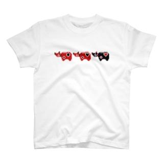 赤べこ三匹衆 T-shirts
