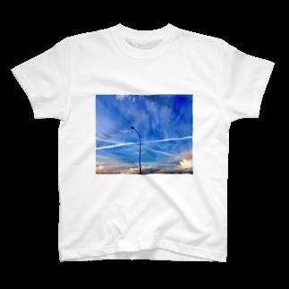 kinokotakenoko2828のBlue sky  T-shirts