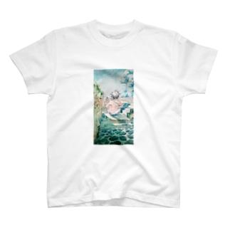 異国アコーディオン男の背中 T-shirts