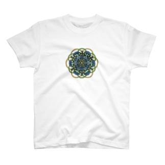 清 カラフル T-shirts