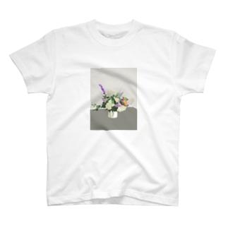 初夏のお花 T-shirts