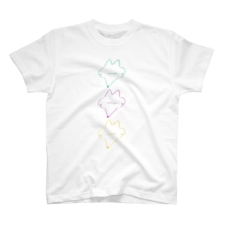 キツネですか何ですか? T-shirts