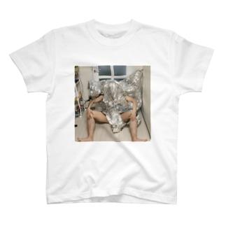 愚かな人間 T-shirts