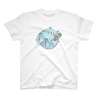 夏を満喫するイエティ【カラー】 T-shirts
