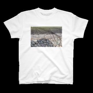 niiの取り残された風景 T-shirts