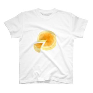 ホールで食べようチーズケーキ T-shirts