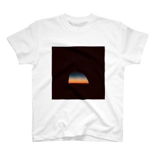ハワイの朝焼け T-shirts