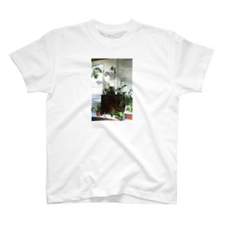 ドネルケバブのモンスティー T-shirts