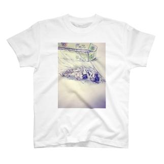 ラップにくるまる T-shirts