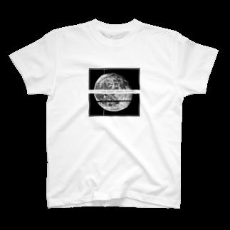 ζWalkerのムーンシャイン T-shirts