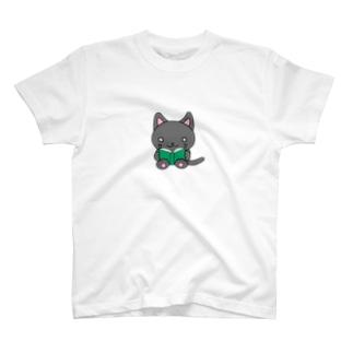 本を読む猫さん T-shirts