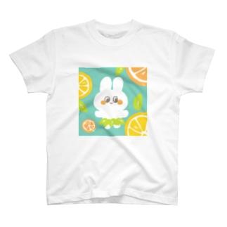 しろうさちゃん -kankitsu- T-shirts