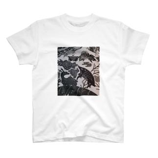 猪鹿緒 T-shirts