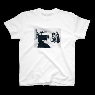 Art Baseのムンク / The Death Chamber / Edvard Munch / 1896 T-shirts