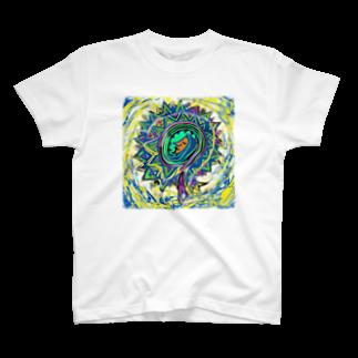 happymoonkobeのうちゅう T-shirts