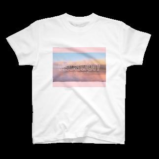 kmegのバケーション T-shirts