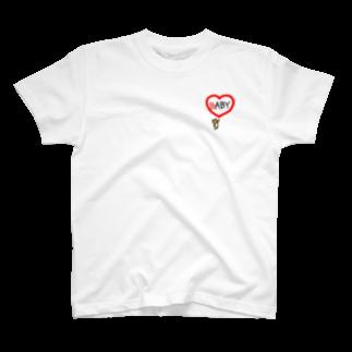 まめ@ゆるふわおもろ発見隊のBABYクマちゃん T-shirts