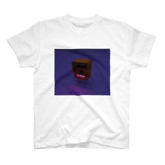 押しボタン式信号機(おしてください) T-shirts