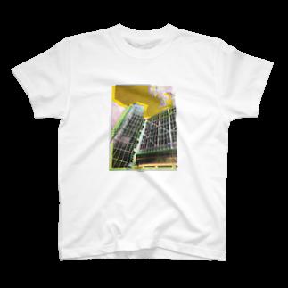 q6_p52のしるくすくり〜ん T-shirts