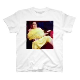 アムロにはなれなかったけどトシミ〜にはなれた女装3。  T-shirts