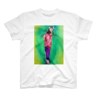 隙間から失礼します T-shirts