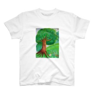 森の中のオアシス T-shirts