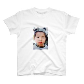 鼻水を垂れ流し憤る幼児T T-shirts
