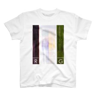 R と G T-shirts