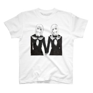 セーラ服ズ T-shirts
