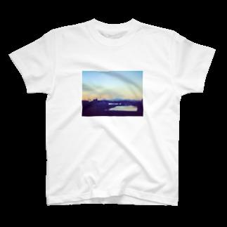 めむとの帰路、滲む景色。 T-shirts