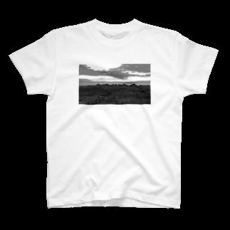 FahrenheitのRock  Black and white T-shirts