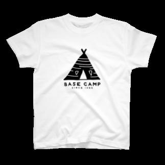 BASE-CAMPのBASE テント 01 T-shirts