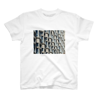 Zigzag-windows T-shirts