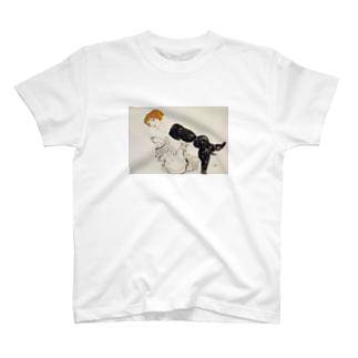 エゴン・シーレ / 1913 / Woman in Black Stockings / Egon Schiele T-shirts