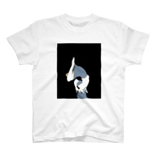 ねむるセーラー服 T-shirts