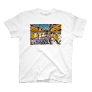カオダイ T-shirts