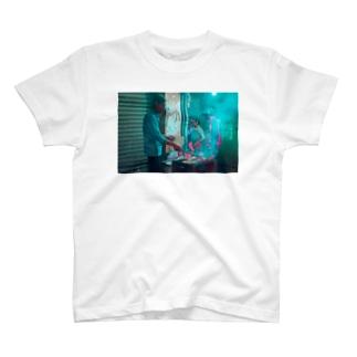 焼肉路面店 T-shirts