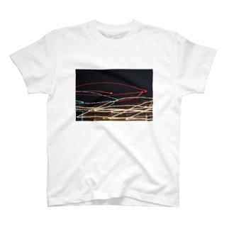 夜の明かり T-shirts