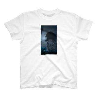 幻想的 T-shirts