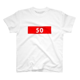 50 赤 T-shirts