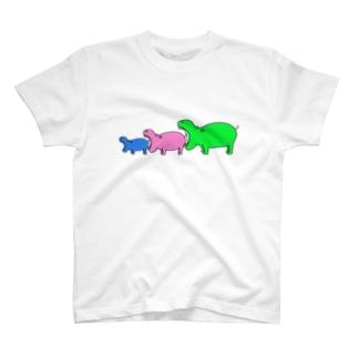 カバを食べようとするカバ T-shirts