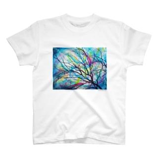 a bird T-shirts