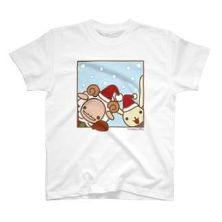 メープルサンタが窓の向こうからメリクリ T-shirts