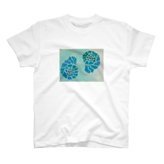 Shells  No.2 T-shirts