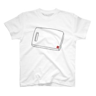 まな板 T-shirts