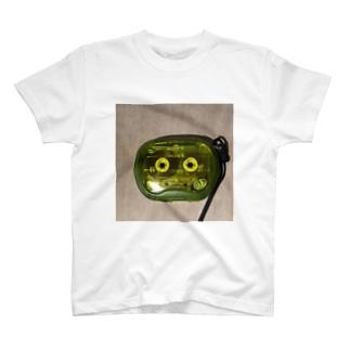 んん T-shirts
